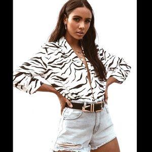 🧉🧉Princess Polly Zebra Crossing Blouse size XS